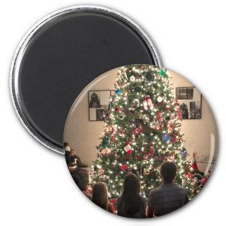 Imã Árvore de Natal bonita com miúdos