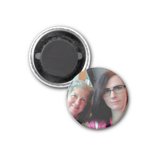 Imã Becky and Lily Round Magnet
