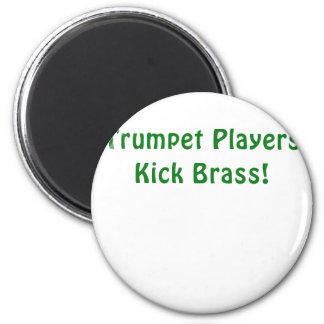 Imã Bronze do pontapé dos jogadores de trombeta