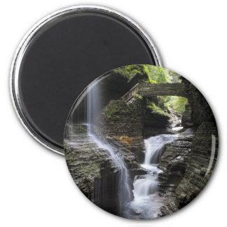 Imã Cachoeiras no vale de Watkins, NY