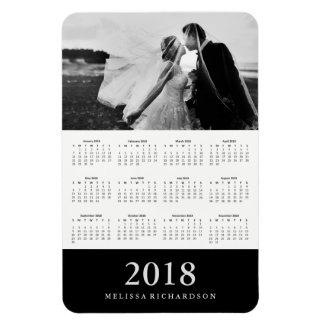 Ímã Calendário 2018 elegante preto da foto da listra |