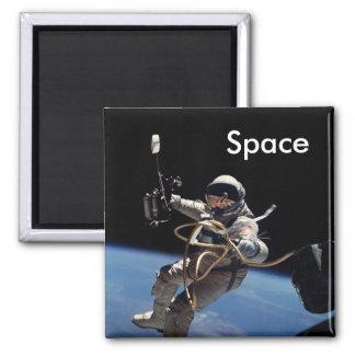 Imã Caminhada do espaço do astronauta