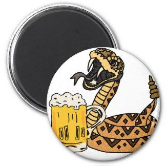 Imã Cerveja engraçada do bebendo do cascavel