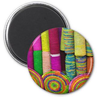 Imã Cestas coloridas no mercado
