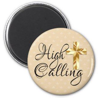 Imã Chamada alta com cruz do ouro em coroas
