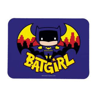 Ímã Chibi Batgirl com skyline & logotipo de Gotham