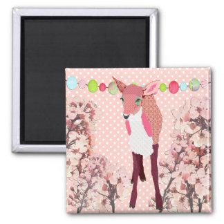Ímã cor-de-rosa bonito da jovem corça   da flor de ímã quadrado
