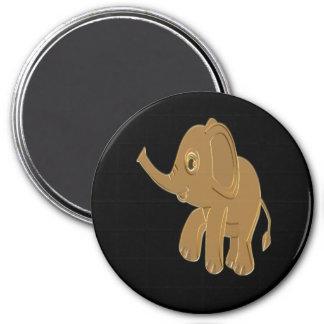 Imã Elefante do bebê do ouro que olha no céu
