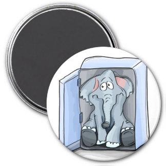 Imã Elefante dos desenhos animados que senta-se dentro