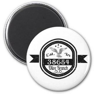 Imã Estabelecido no ramo de oliveira 38654