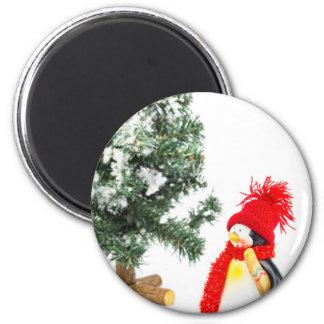 Imã Estatueta do pinguim com esquis e árvore de Natal