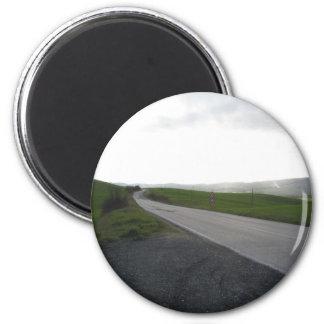 Imã Estrada secundária sobre o rolamento de colinas