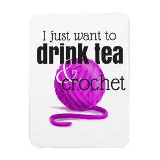 Ímã Eu apenas quero beber o chá & Crochet o fio