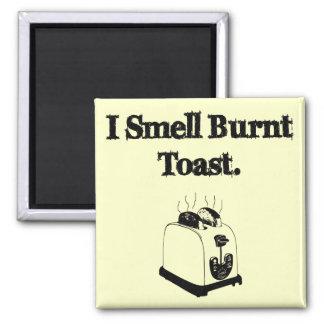 Imã Eu cheiro o brinde queimado
