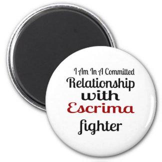 Imã Eu estou em uma relação cometida com Escrima Figh