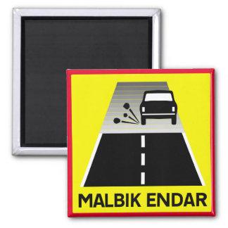 Imã Extremidade da estrada Tarred, sinal de tráfego,