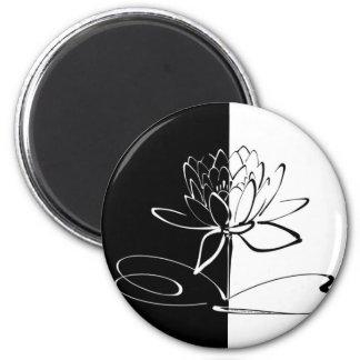 Imã Flor preta de Yin Yang Lotus branco