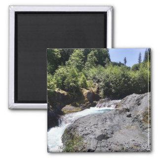 Imã Foto da cachoeira da garganta da lava
