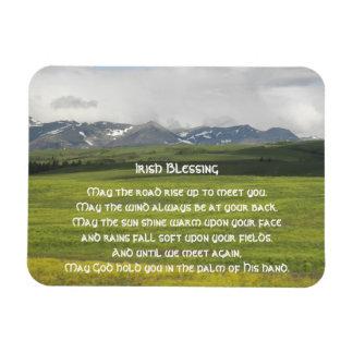 Ímã Foto irlandesa do vale verde da bênção