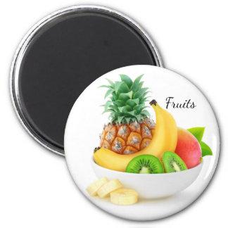 Imã Frutas tropicais em uma bacia