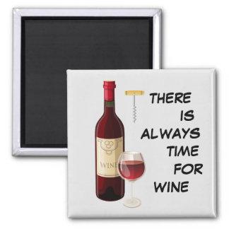 Imã Garrafa e vidro de vinho animado