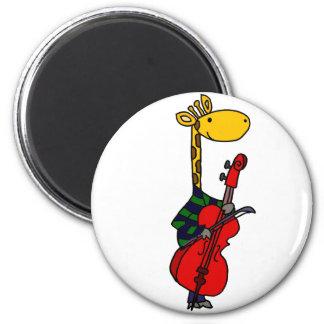 Imã Girafa engraçado que joga a arte do violoncelo