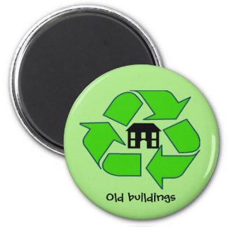 Imã Ímã - construções velhas do reciclar