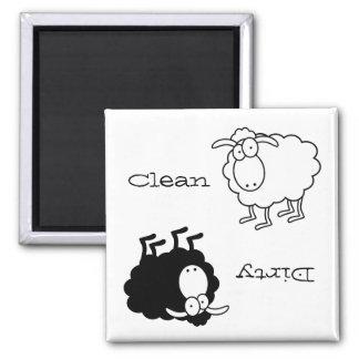 Imã Ímã Limpo-Sujo dos carneiros preto e branco