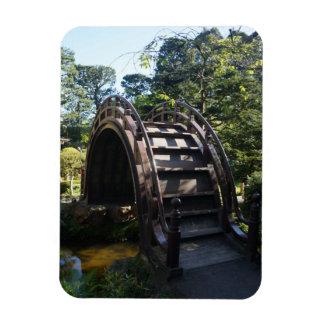 Ímã japonês da foto da ponte do cilindro do jardim