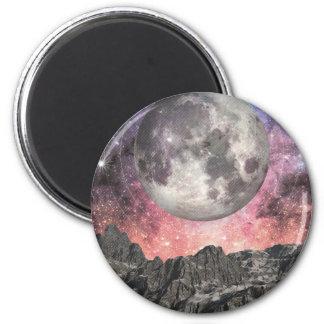 Imã Lua sobre o lago mountain
