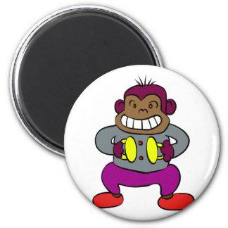 Imã Macaco retro com brinquedo dos pratos