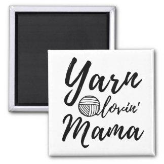 Imã Mama Loving do fio • Artesanatos do Crochet da