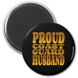 Imã Marido orgulhoso da guarda costeira no ouro