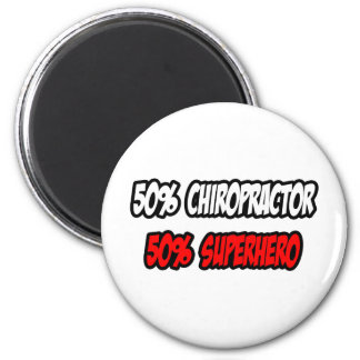 Imã Meio super-herói do Chiropractor… parcialmente