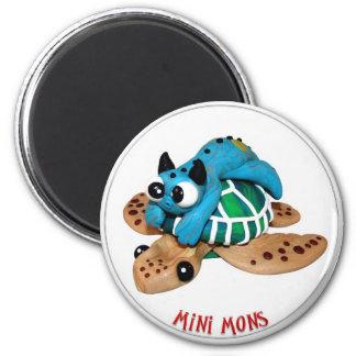 "Imã Mini Mons ""toma ímã de um passeio"""