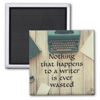 Imã Nada que acontece a um escritor é desperdiçado