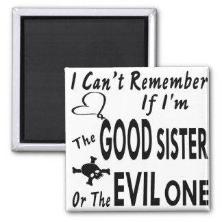 Imã Não pode recordar se eu sou a bom irmã ou mau uma