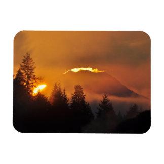 Ímã O Monte Rainier no nascer do sol