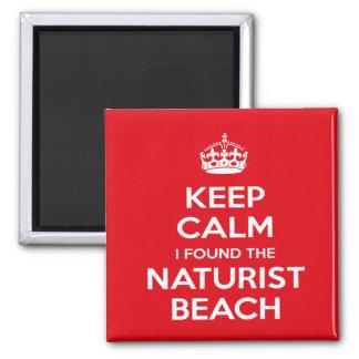 Imã O naturista/nudista mantem a calma