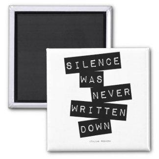 Imã O silêncio foi escrito nunca abaixo de…