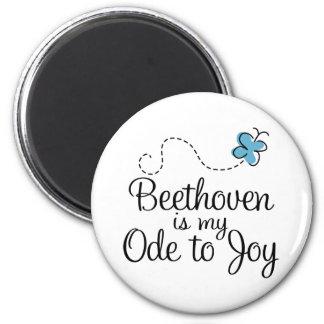 Imã Ode de Beethoven ao presente da música da alegria