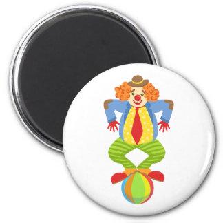 Imã Palhaço amigável colorido que equilibra na bola na