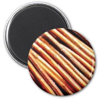 Imã pilhas das tubulações de cobre