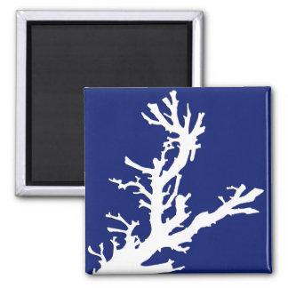 Imã Ramo coral - azuis marinhos e branco