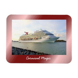 Ímã Retrato de um navio de cruzeiros de passagem