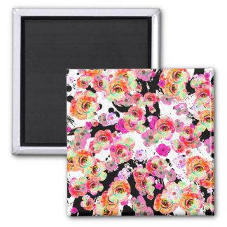 Imã Rosa e primavera do coral floral em preto e branco