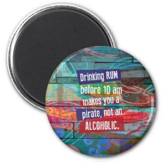 Imã Rum do bebendo antes que 10 am lhe fizerem um