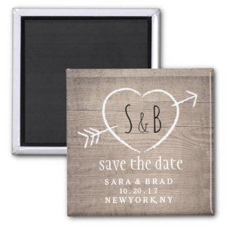 Imã salve a data elegante do coração de madeira