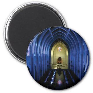 Imã sombras da igreja azul escuro