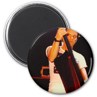 Imã Sting que joga o violoncelo